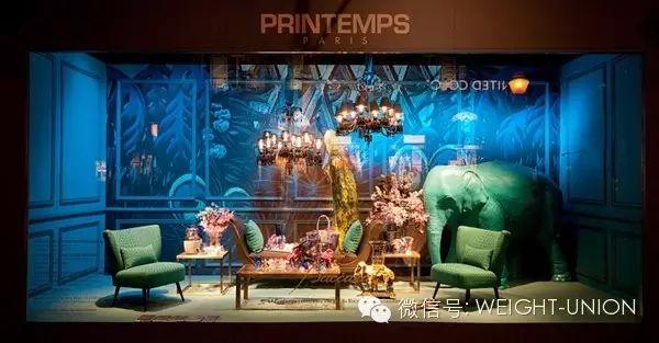 法国巴黎春天百货printemps在其夏季的橱窗设计