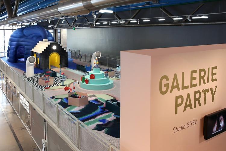团队虚拟一个故事框架作为设计主题和概念,把整个展厅做成一个小剧场